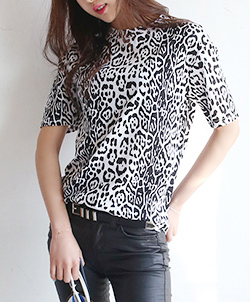 [CT0418] LEOPARD TEE <br> White / Brown