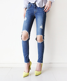 [CB0315] DEMAGE SKINNY PANTS <br> Denim